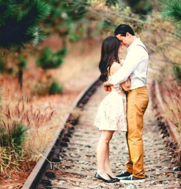 13 Signs He Loves you Deeply-How to Know for Sure!