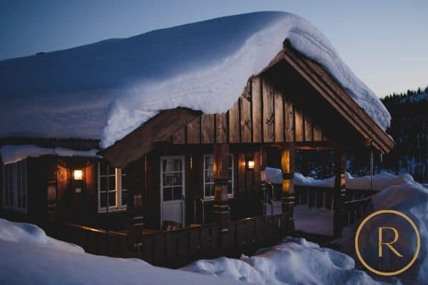winter date ideas- weekend cabin getaway