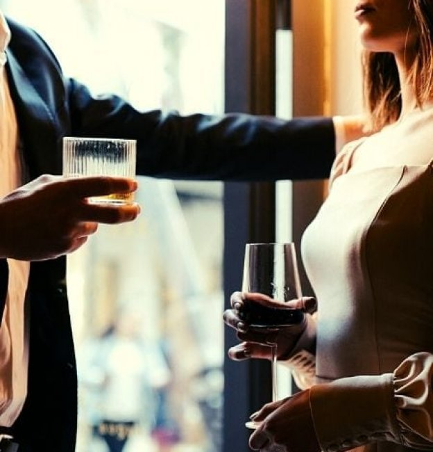 11 Irresistible Ways to Attract a Man that's Right for you!